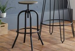 Julian Bowen - Dalston Bar Table & Spitfire Bar Stool Dining Set