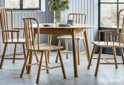 Gallery Direct - Wycombe Oak Round Extending Dining Table & 4 Chairs