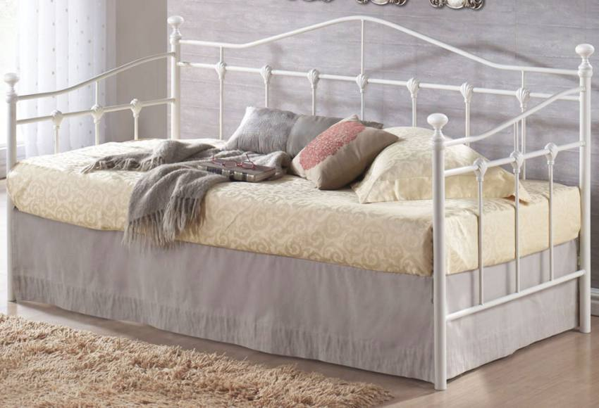 Birlea furniture torino single daybed cream or black for Single divan bed without mattress