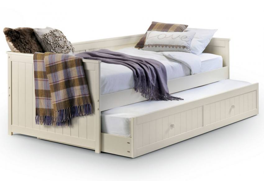 Day bed pull out guest bed : Julian bowen jessica daybed with underbed pull out