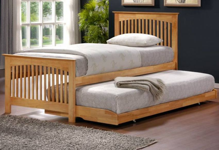Birlea furniture toronto guest bed oak finish hideaway for Divan bed with guest bed