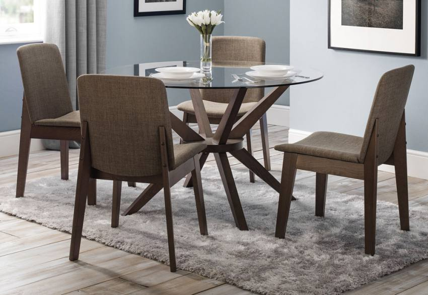 julian bowen chelsea dining table with 4 kensington dining chairs